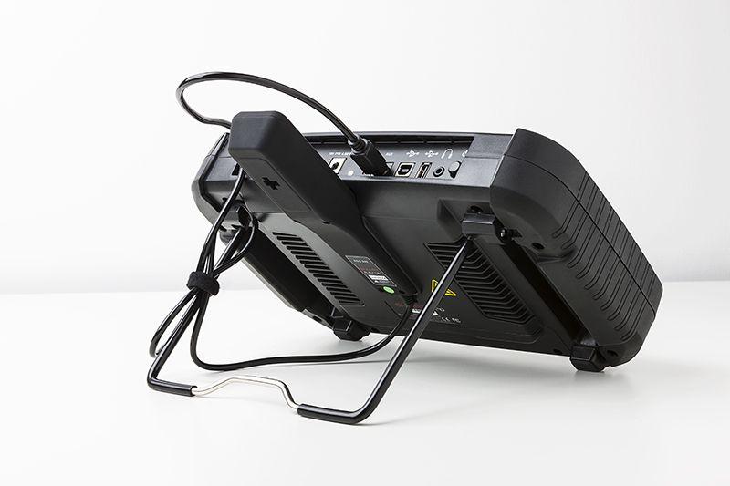 Kompatibel mit Smart Aerial für die Voreinstellung und Vorverschlüsselung